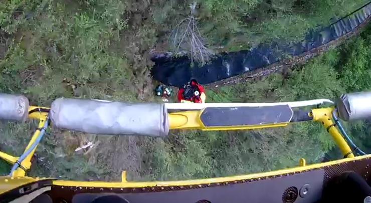 Rescatados dos senderistas perdidos en la canal de Reñinuevo