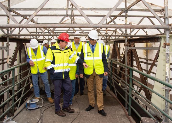 El Gobierno de Cantabria inicia las obras de restauración del viejo puente ferroviario sobre la ría de Solía