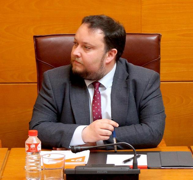 """Ciudadanos afirma que el Gobierno de Cantabria ha concurrido en una """"grave dejación de funciones"""" en el caso de iDental"""