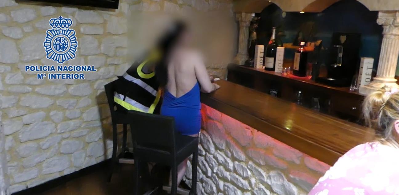 La Policía Nacional detiene a 23 personas por explotar sexualmente a mujeres en clubes de alterne de Cantabria y Vizcaya