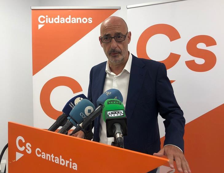 Félix Álvarez - Ciudadanos no apoyará unos Presupuestos 'que suban los impuestos a los cántabros'