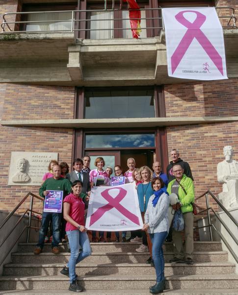 Pico Jano lucirá el gran lazo rosa contra el cáncer de mama