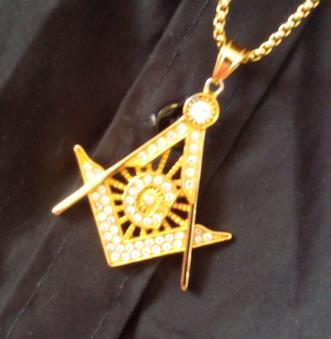 El Parlamento de Sicilia recupera la persecución de la Masonería