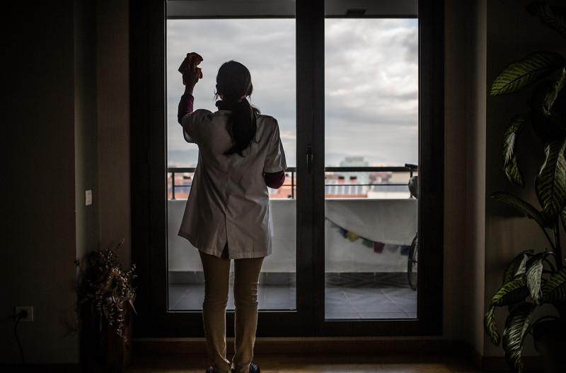 Descripción:  Actividades que realizan las trabajadoras del servicio doméstico, empleadas del hogar y cuidados. Pablo Tosco / Oxfam Intermón - Copyright -  Pablo Tosco / Oxfam Intermón
