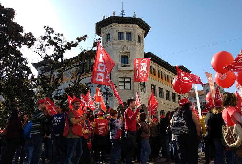 Trabajadores de Correos se movilizan en defensa del servicio público