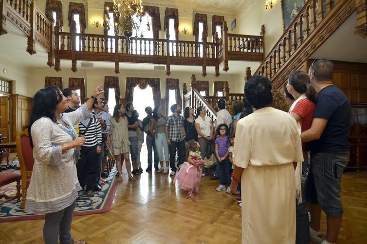 El Palacio de la Magdalena recibió cerca de 100.000 visitas en 2018, casi el doble que dos años antes / Foto: Archivo Ayuntamiento de Santander