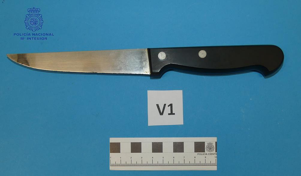 La Policía Nacional detiene al autor de dos robos con violencia e intimidación, que usaba un cuchillo jamonero para intimidar