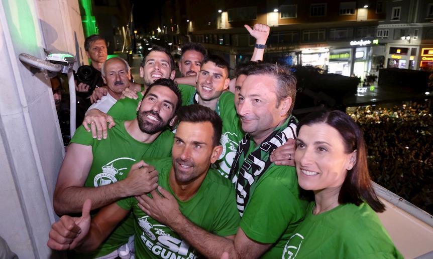 La emoción desborda Santander por el ascenso del Racing a Segunda - Fotos: Ayuntamiento de Santander
