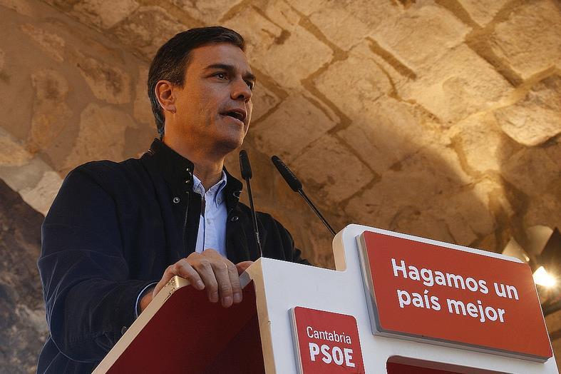 En la imagen de archivo, Pedro Sánchez durante una de sus visitas a Cantabria - EDITORIAL-. España, la oportunidad perdida