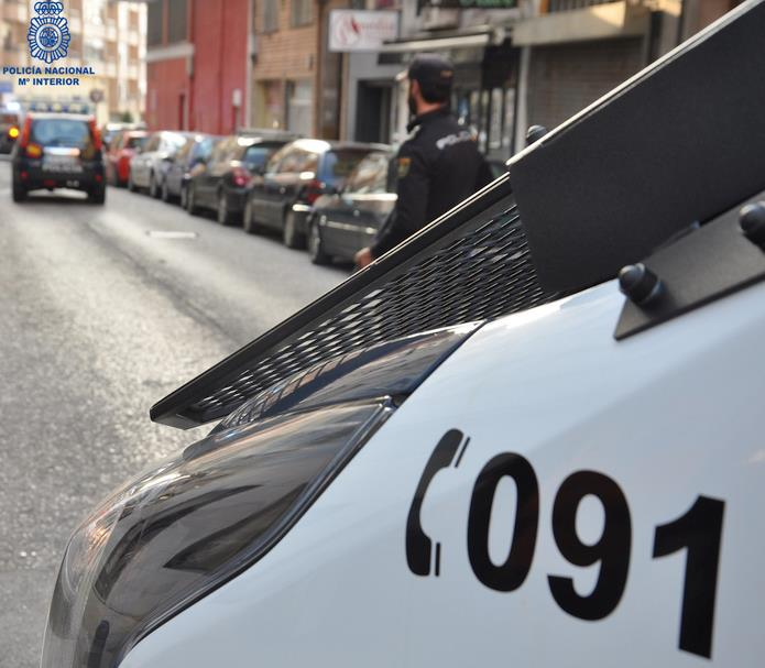 La Policía Nacional detiene a un individuo por robo con fuerza en un domicilio