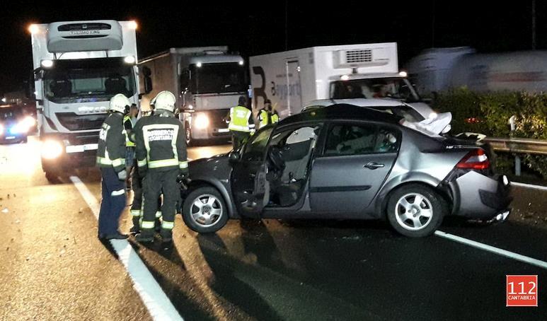 Dos heridos en un accidente de tráfico en la A-8 a la altura de Liendo