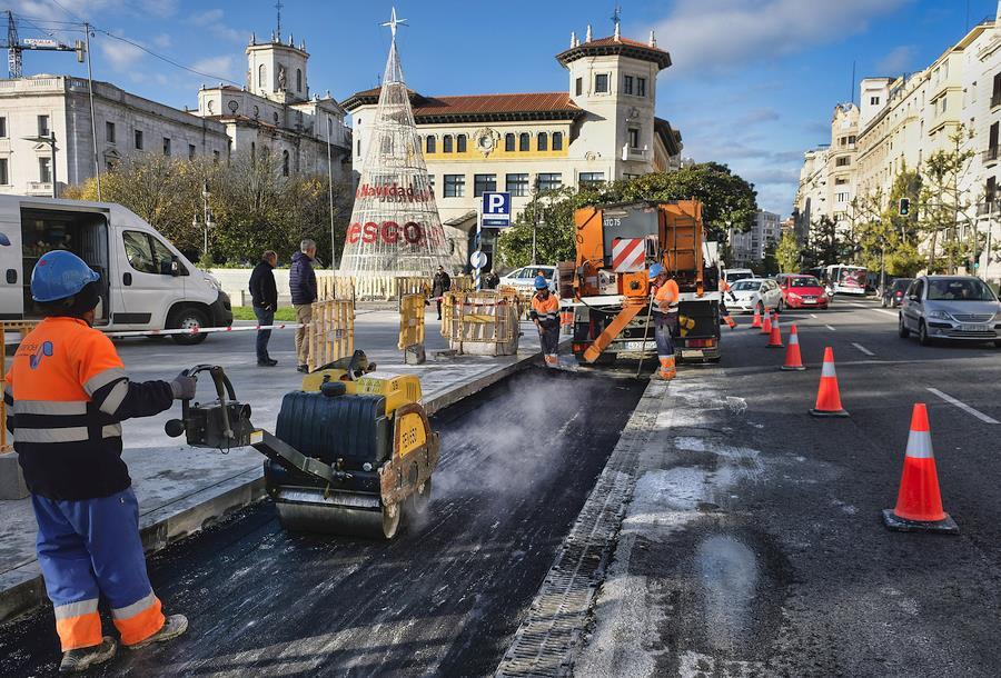 Nueva parada de taxi entre Correos y Jardines de Pereda