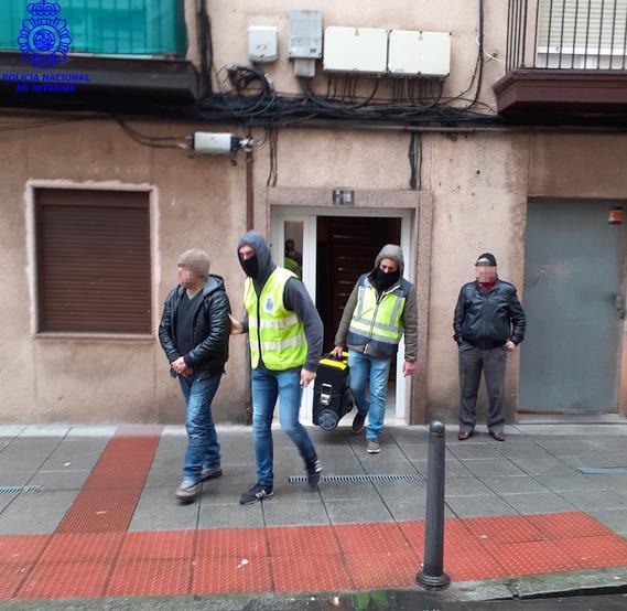 La Policía Nacional erradica en Santander un punto negro de venta de drogas