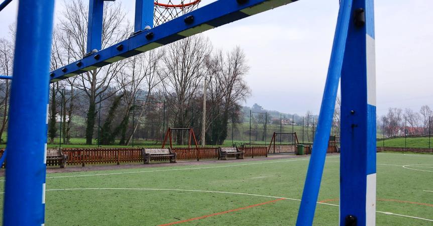 El parque infantil de Beranga contará con más iluminación