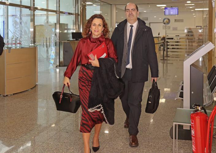 La consejera Ana Belén Álvarez con el director del EMCAN José Manuel Callejo - Foto: Natalia Rasillo - Gobierno de Cantabria