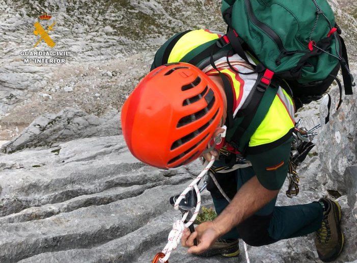 La Guardia Civil investiga la muerte de un montañero en Picos de Europa en la tarde de ayer