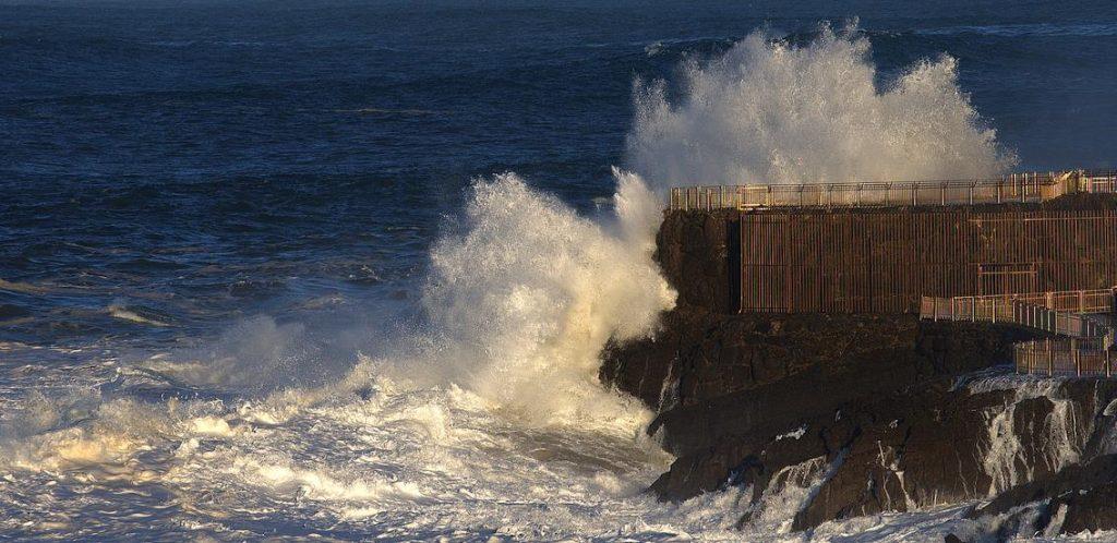 (C) David Laguillo - Foto de archivo de un temporal en Santander