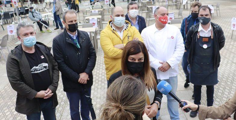 María José Sáenz de Buruaga en Santoña, 3 de junio de 2021 - (C) Foto: David Laguillo / CANTABRIA DIARIO
