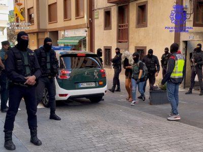 Detenido un grupo criminal experto en alunizajes, que operaba en Cantabria, Bizkaia, Burgos y Salamanca