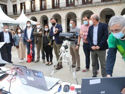 Blanco destaca la labor científica y divulgativa que desarrolla el Observatorio Astronómico de Cantabria - Foto: Lara Revilla/Gobierno de Cantabria