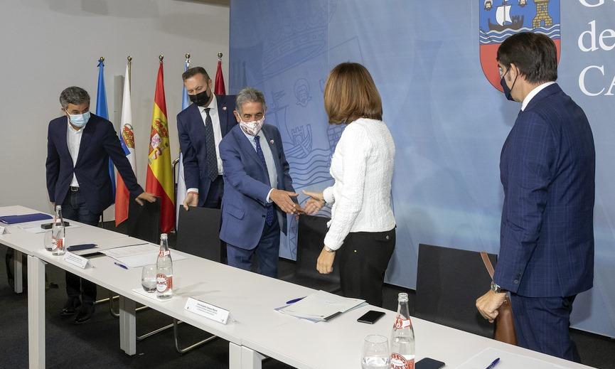 Cantabria, Asturias, Galicia y Castilla y León presentan los recursos judiciales para solicitar la suspensión cautelar de la inclusión del lobo en el LESPRE