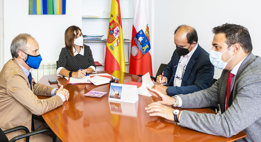 Trabajo aporta 27.000 euros a la Cámara de Comercio de Cantabria para el impulso de la Economía Social