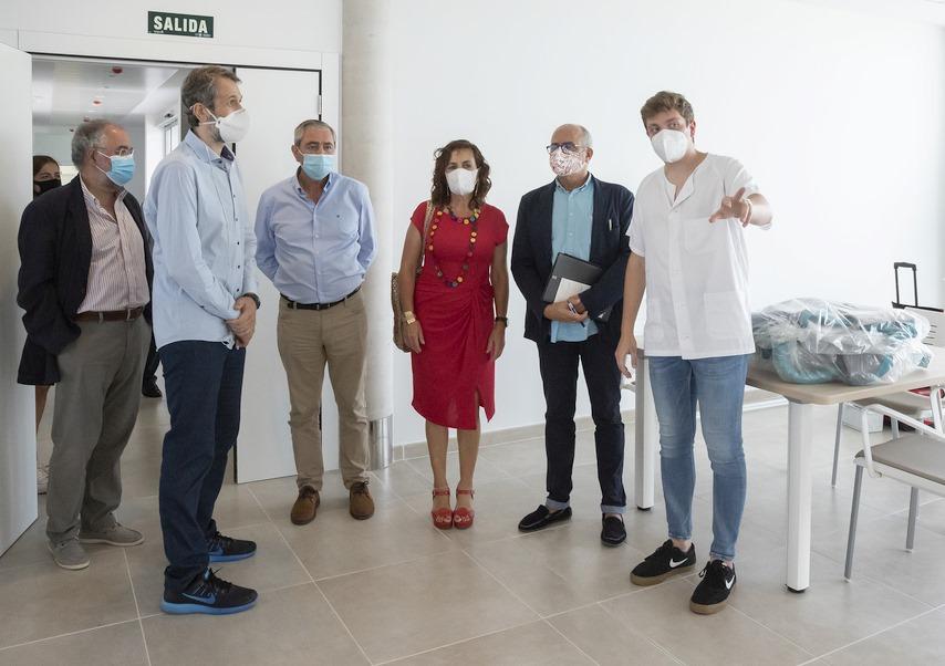 Sanidad y Servicios Sociales, el sector de actividad que más empleo ha creado durante la pandemia